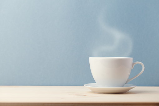 Ceramic cup with slight steam