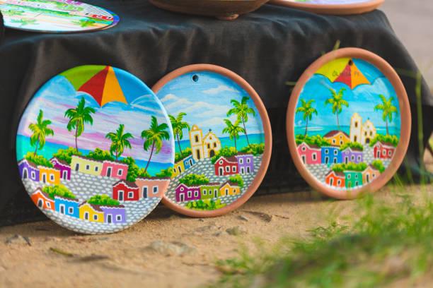 mercado de souvenires de cerâmica no brasil - recife e olinda - fotografias e filmes do acervo