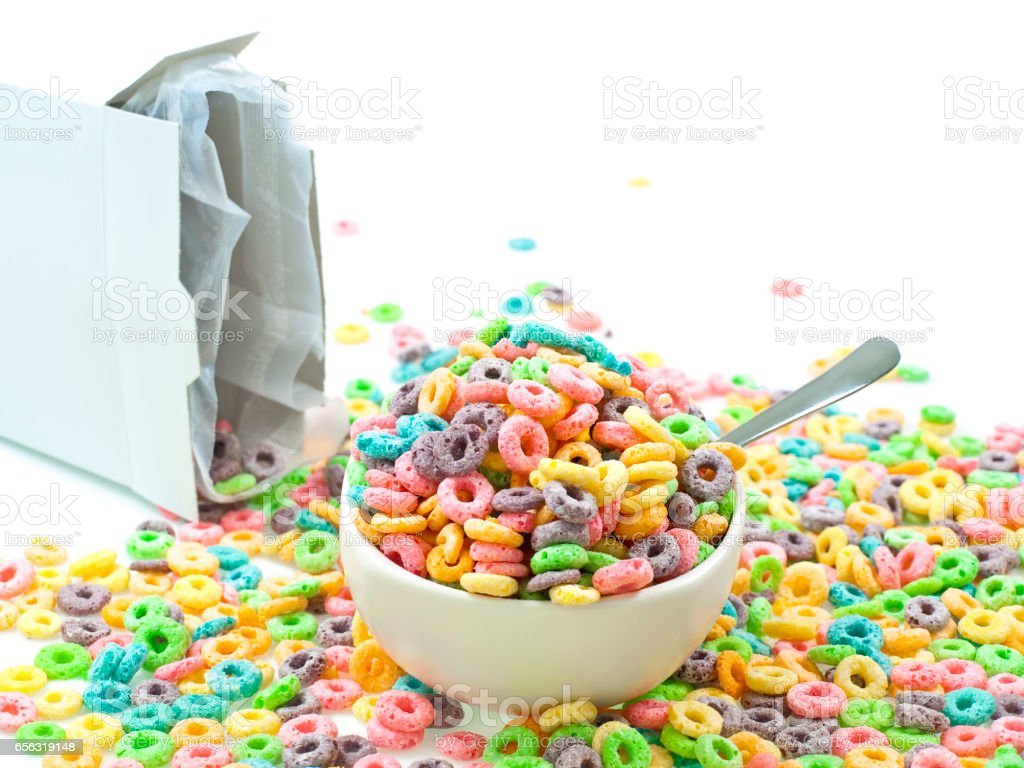 Cereal loops mess in bowl isolated on white – Foto
