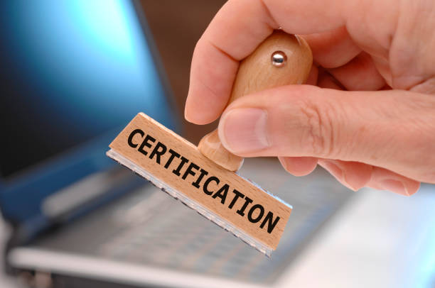 Zertifizierung auf Stempel gedruckt – Foto
