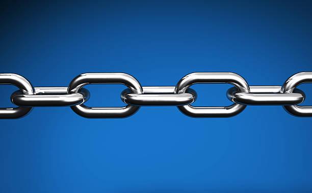 catena su nastro blu collegamenti concetto - anello catena foto e immagini stock
