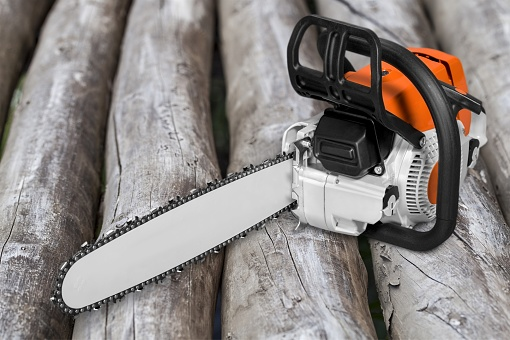 istock Chainsaw. 928908660