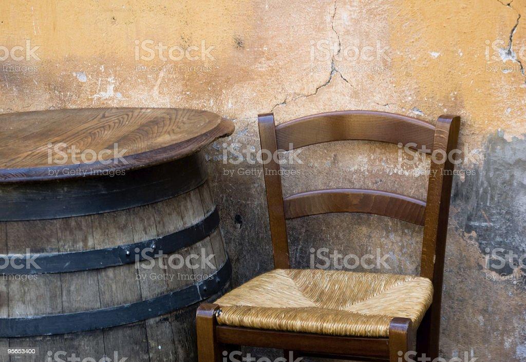 Stuhl und barrel - Lizenzfrei Alt Stock-Foto