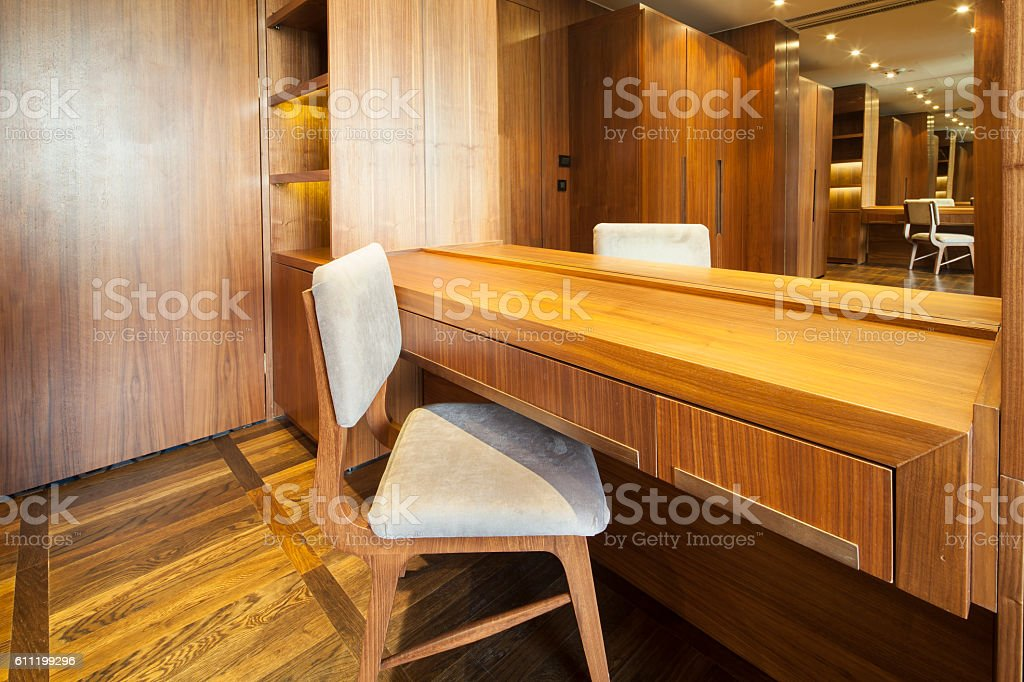chair in wide dressing room – Foto