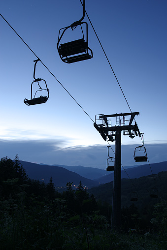Chair Lift In Abetone Pistoia Tuscany Italy 23 - Fotografie stock e altre immagini di Ambientazione esterna