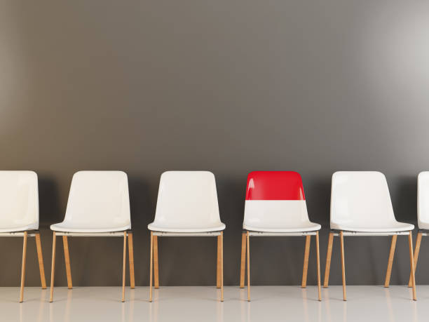 cadeira com bandeira da indonésia - bandeira da indonesia - fotografias e filmes do acervo