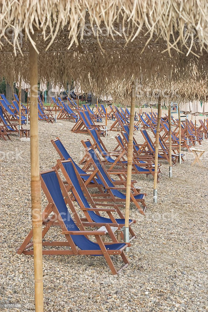 Chaises sur la plage photo libre de droits