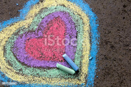 istock chalk drawing: colorful hearts on asphalt 887238990