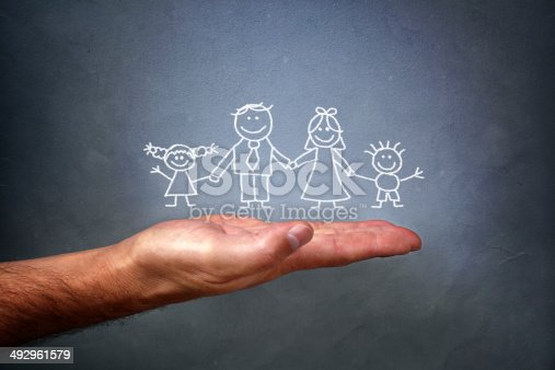 istock Chalk drawing of a family 492961579