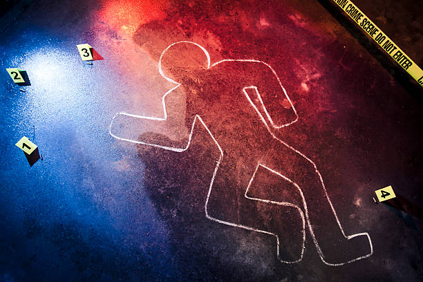 Chalk outline at a crime scene fresh crime scene at night crime stock pictures, royalty-free photos & images