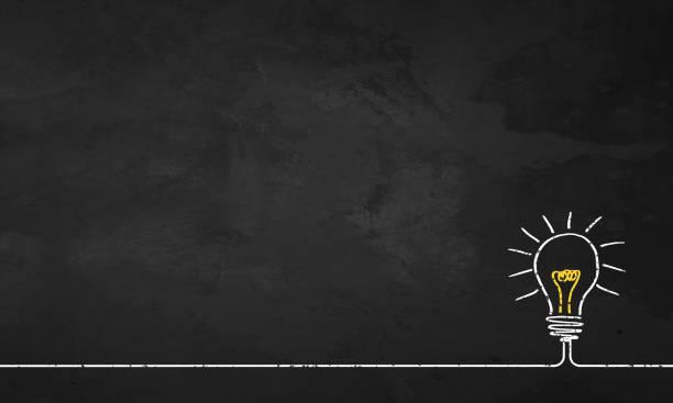 chalkboard żarówka - natchnienie zdjęcia i obrazy z banku zdjęć