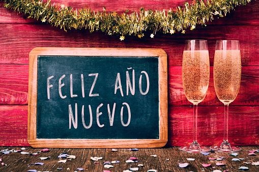 champagne and text feliz año nuevo