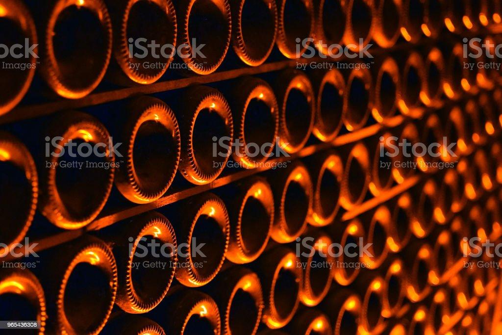 Champagnerflaschen - Lizenzfrei Abfüllanlage Stock-Foto