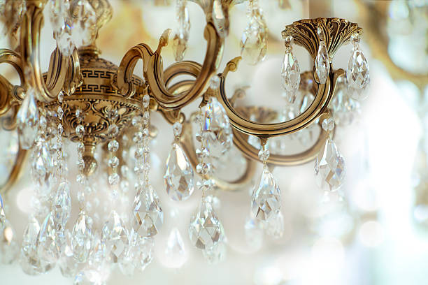 Chandelier Vintage crystal chandelier details chandelier stock pictures, royalty-free photos & images