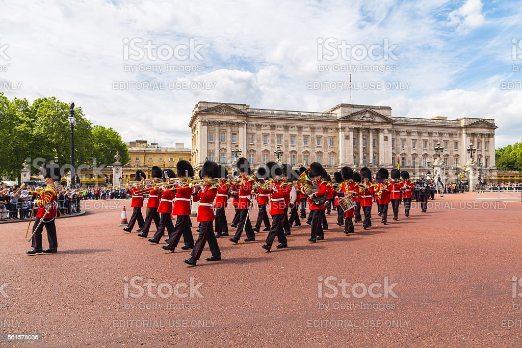 Changing of the Guard Performance at Buckingham Palace – Foto
