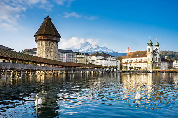 chapel bridge, kapellbruck in  lucerne, switzerland - lucerne stock pictures, royalty-free photos & images