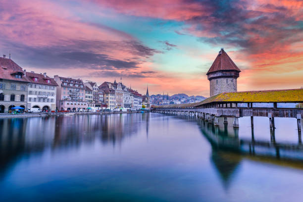 chapel bridge lucern switzerland - lucerne stock pictures, royalty-free photos & images
