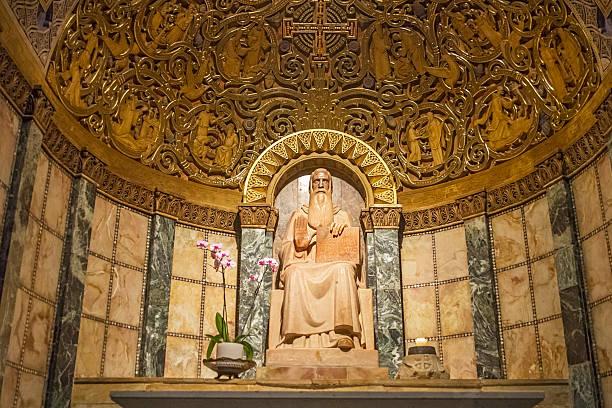 cappella di san benedetto. dormition. israele. - ferragosto foto e immagini stock
