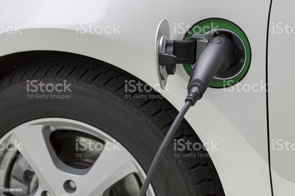 Charging an electric car with the power cable
