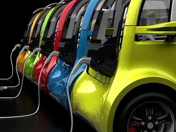 Ricaricare auto elettriche - foto stock