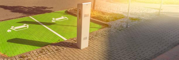 Laden Bahnhof Elektrotankstelle Kraftstoffpumpe – Foto