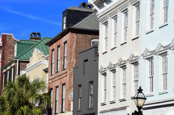 Charleston, South Carolina The French Quarter in Charleston, SC southern charm stock pictures, royalty-free photos & images