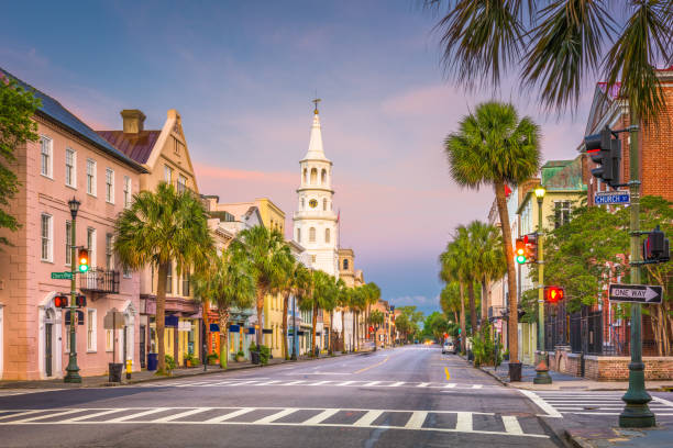 Charleston, South Carolina, USA Charleston, South Carolina, USA cityscape in the historic French Quarter. south carolina stock pictures, royalty-free photos & images