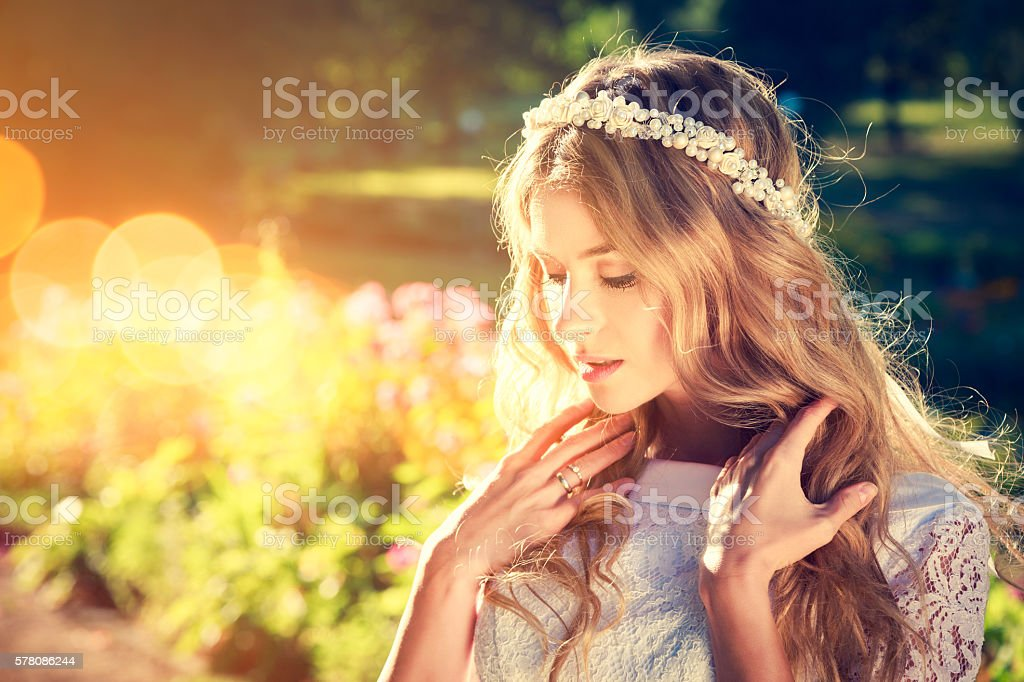 Charming Bride on Warm Nature Background - foto de acervo