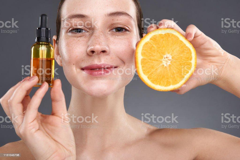 naranja para la cara