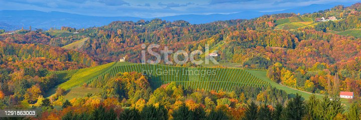 istock Charming little church in South Styria (Austrian Tuscany), a famous region on the border between Austria and Slovenia with rolling hills, vineyards, picturesque villages and wine taverns 1291863003