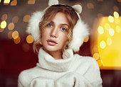冬のイヤーマフで魅力的なモデル