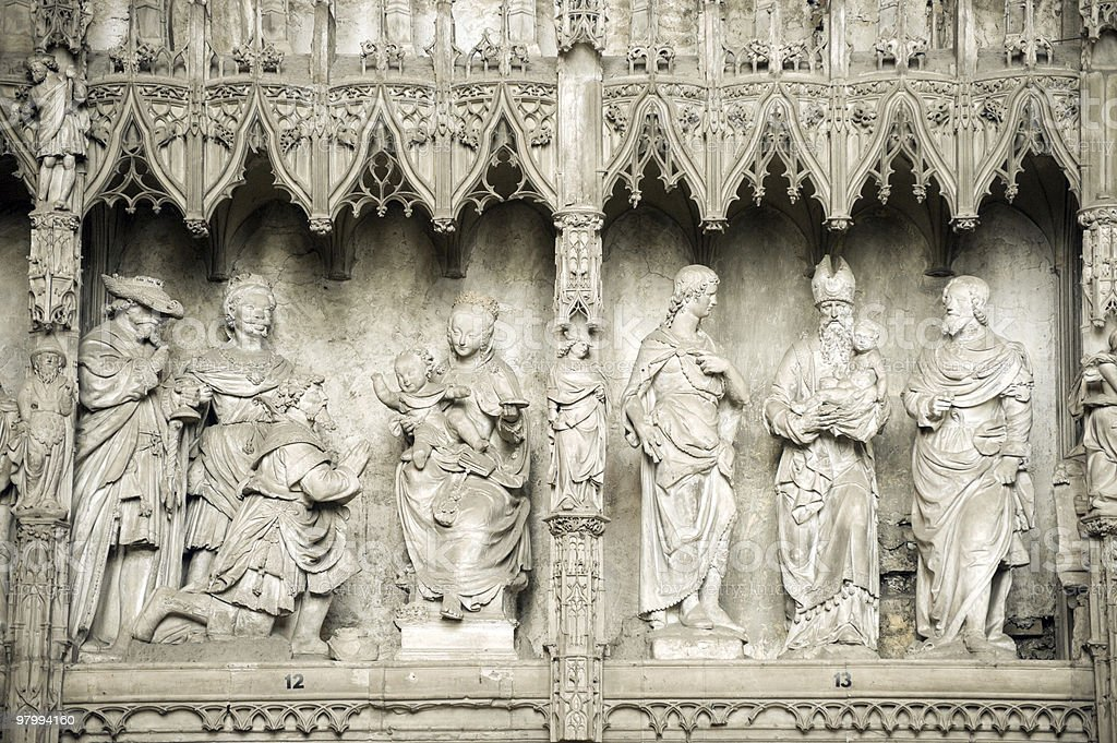 Chartres (France) - Cathedral interior, sculptures royalty free stockfoto