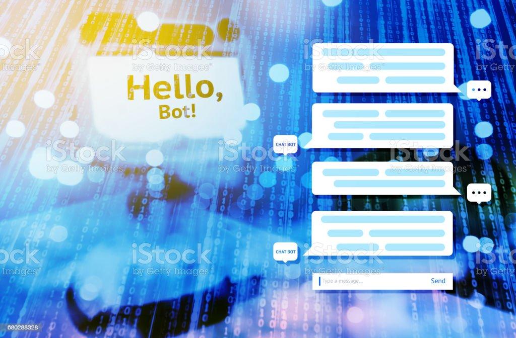 Chat-Bot und zukünftige marketing-Konzept, automatische Grafik Chatbot Nachrichtenbildschirm mit blau binär codiert und Mini-Roboter mit Hallo Bot Text Nachricht abstrakten Hintergrund verschwimmen. Flare-Licht-Effekt – Foto