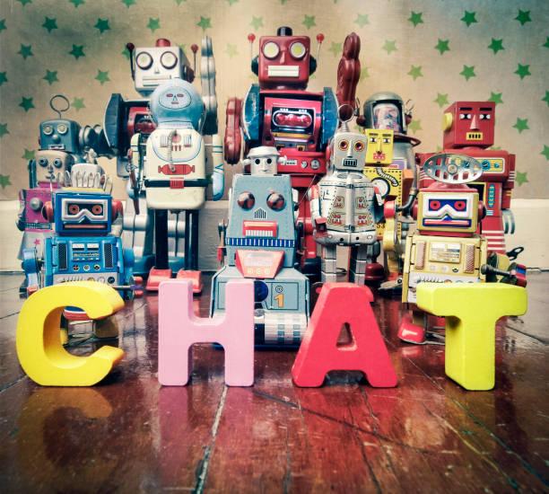 robots de chat bot - chatbot photos et images de collection