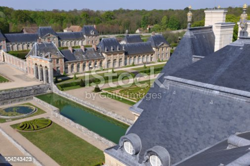 istock chateau vaux le vicomte 104243423