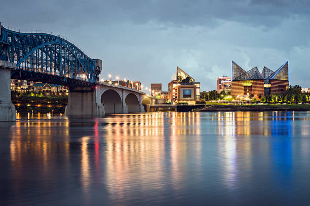 Chattanooga, Tennessee Chattanooga, Tennessee, USA downtown skyline at night. chattanooga stock pictures, royalty-free photos & images
