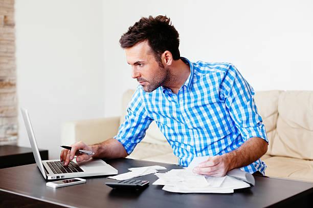 überprüfung home finance - checking stock-fotos und bilder