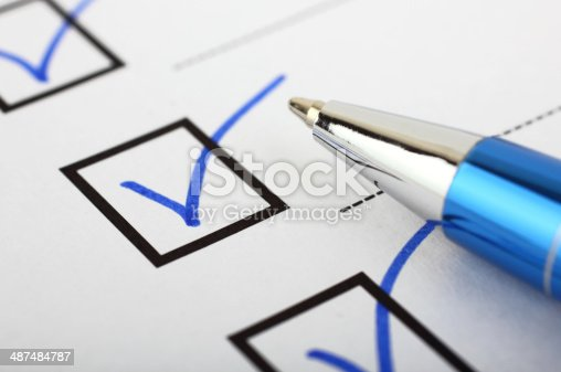 istock Checklist and pen 487484787