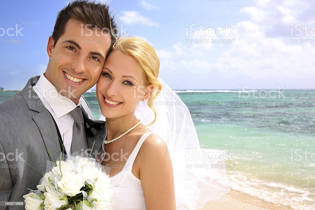 Cheerful just married couple royalty-free stock photo