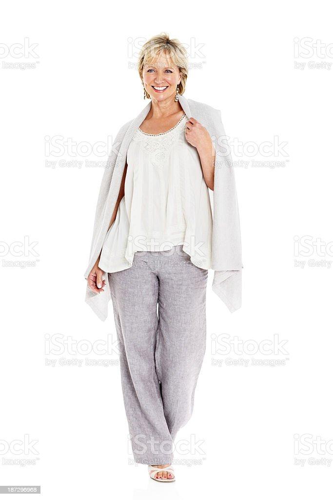 Fröhlich Reife Frau auf Weiß – Foto