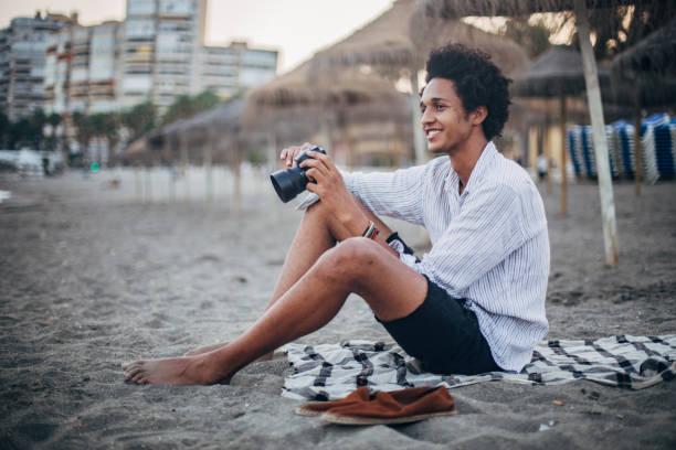 Jung Und Frei Pics - Bilder und Stockfotos - iStock