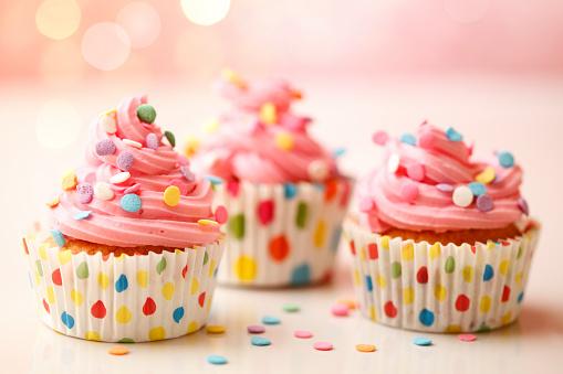 Cheerful Polka Dot Cupcakes