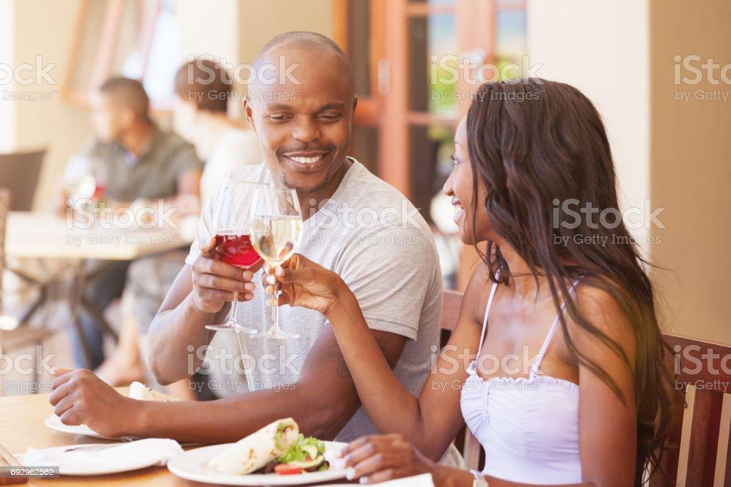 Die beliebtesten nigerischen Dating-Seiten