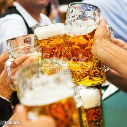 istock Cheers! 182804078