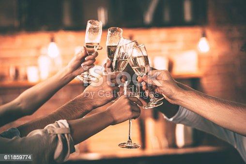 istock Cheers! 611859774