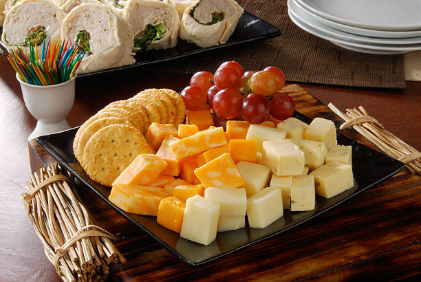 cheese and crackers party tray - 克力架 個照片及圖片檔
