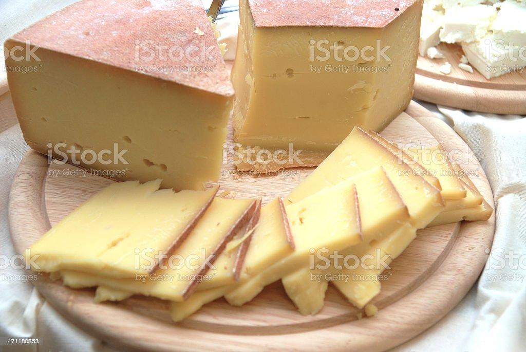 cheese - Bergkäse auf Holzbrett royalty-free stock photo