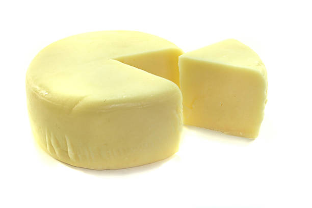 Käse-Rad mit einem Stück – Foto