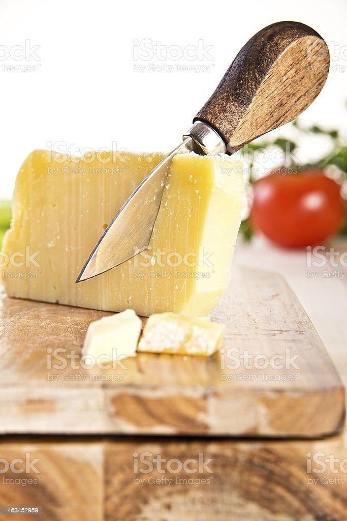 Cuchillo de queso con - foto de stock