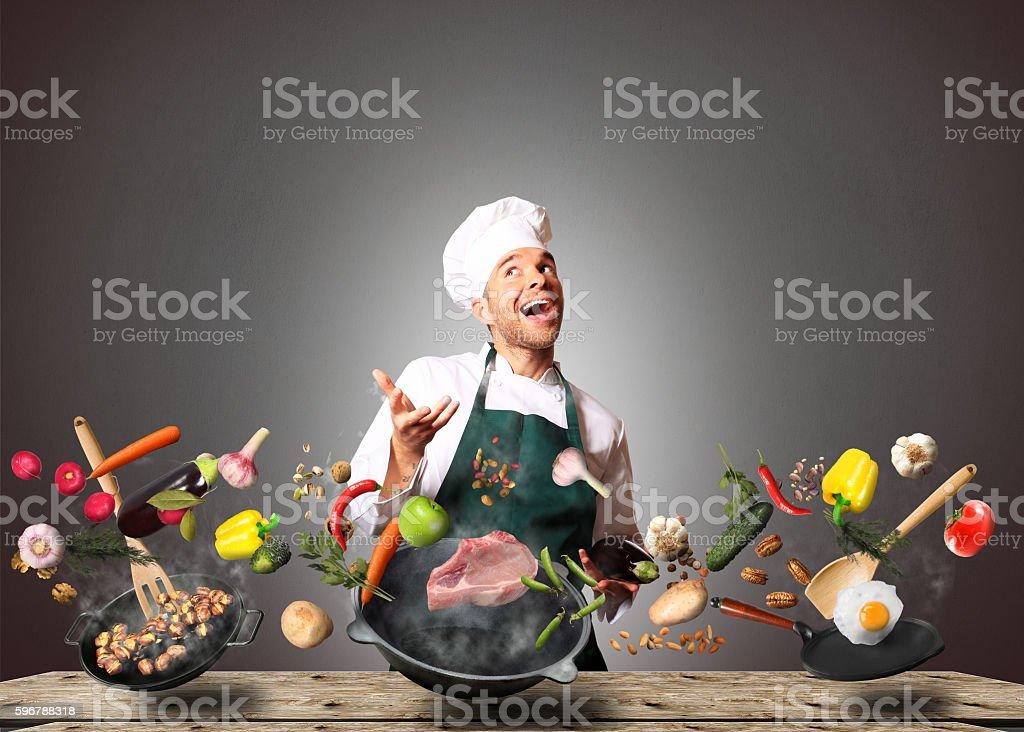 Chef en la cocina - foto de stock